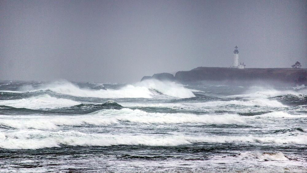 Climate change is expected to drive stronger storms onto the Oregon coast.\Photo by Bonnie Moreland.
